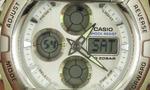 デジタル時計の電池交換方法