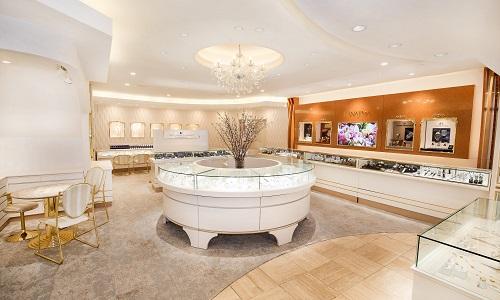 宝石 メガネ 時計 ハナジマの店内画像