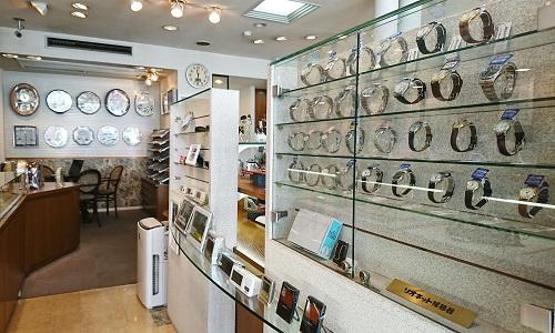 キクチ時計店の店内画像