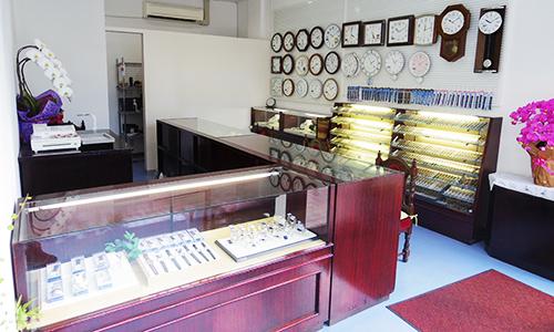 秋山時計店の画像3