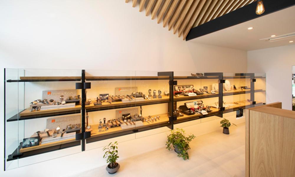 田島時計店の店内画像