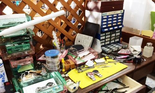 西沢時計店の修理工房