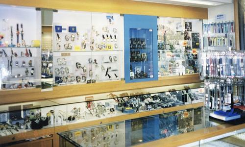 高原時計店の店内画像