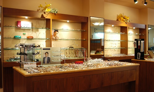 大岩時計店の店内画像3